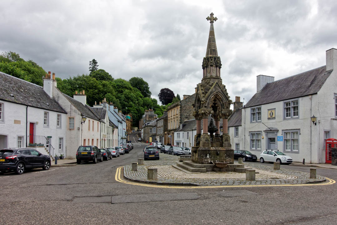 Atholl-Memorial-Fountain_DxO.jpg