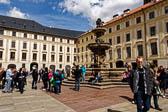 Zweiter-Burghof.jpg